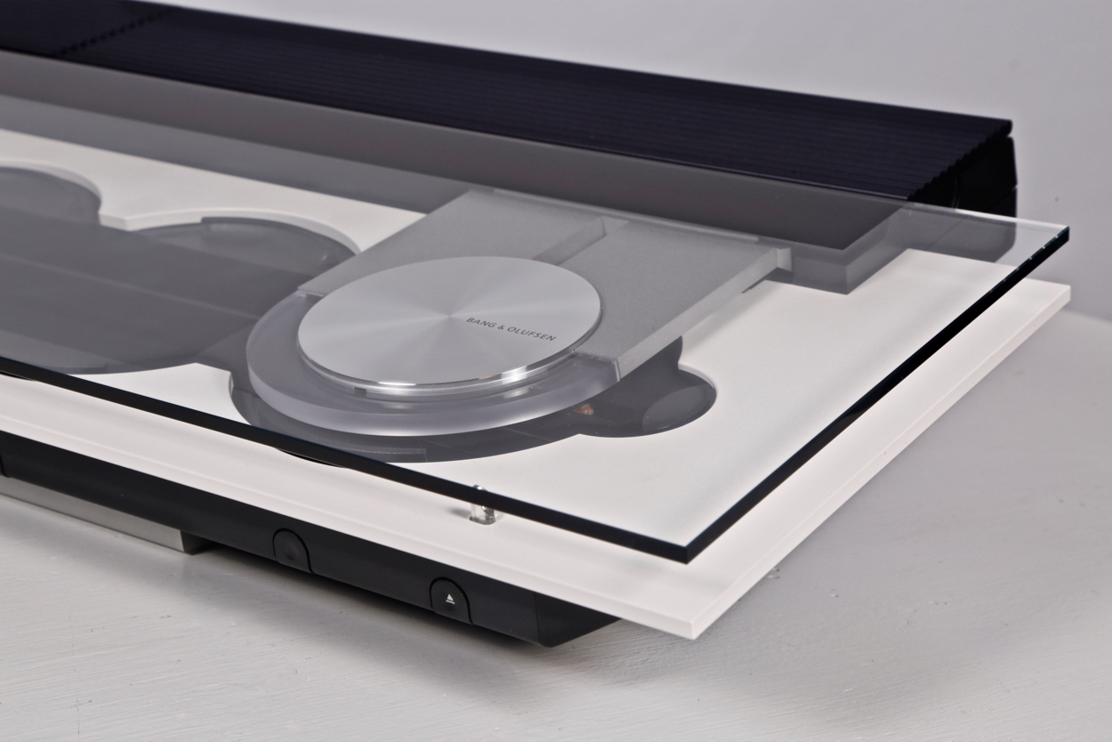 Bang Olufsen White CD Player