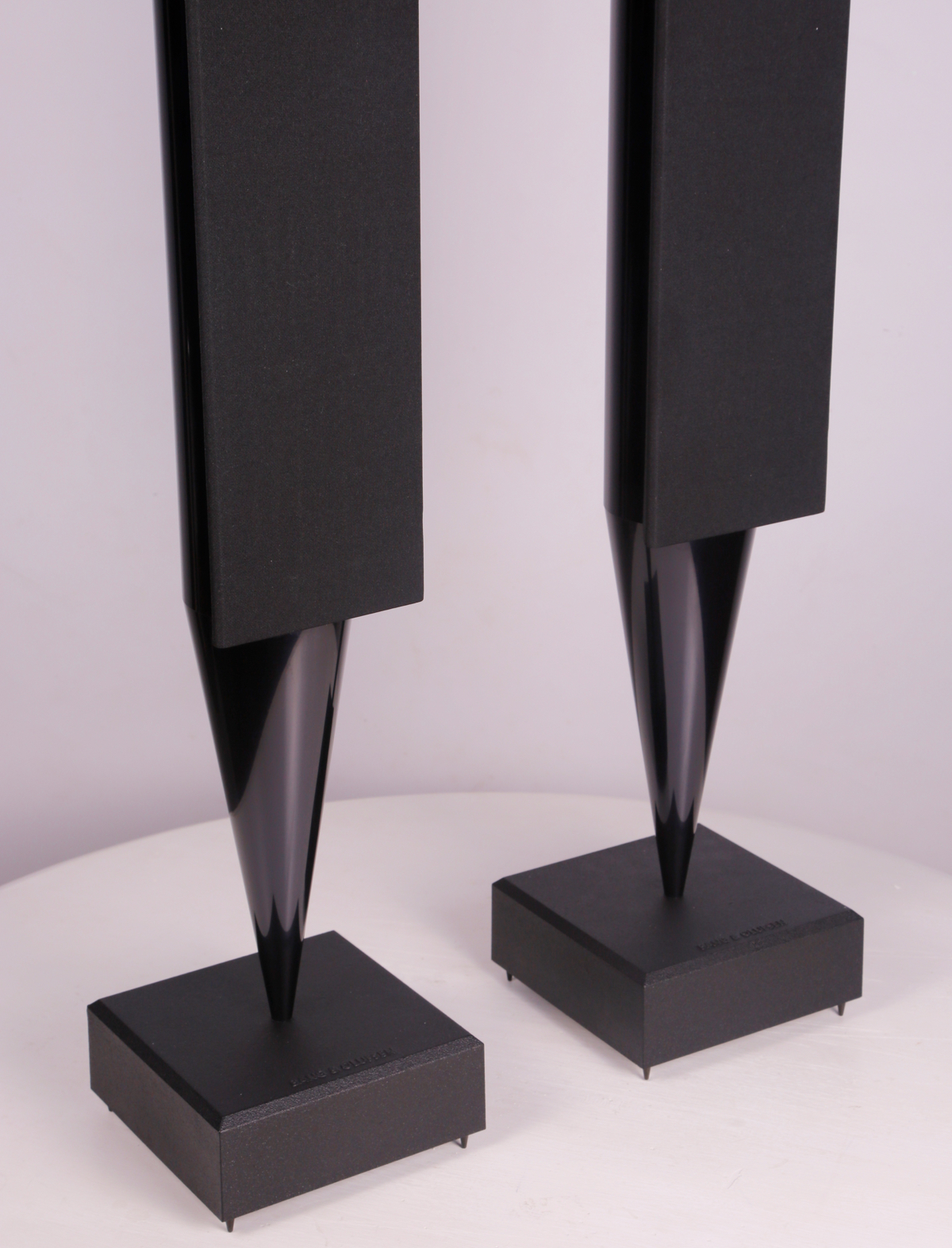 Pre-owned BeoLab 8000 Black Speakers