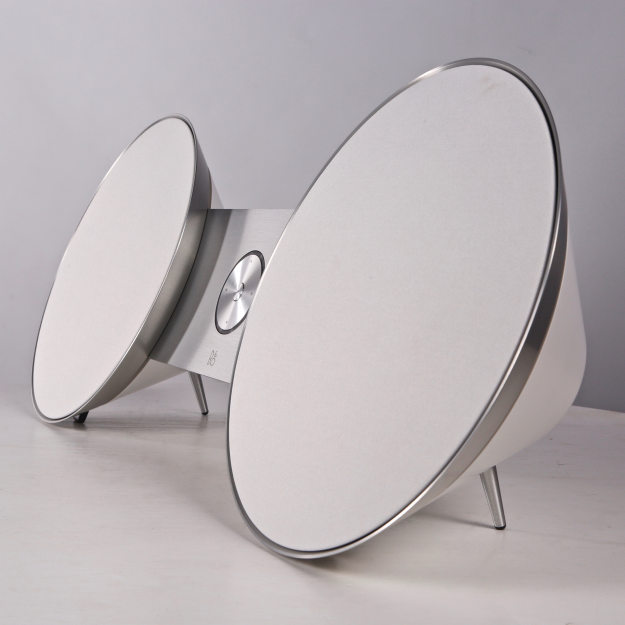 pre-owned BeoPlay A8