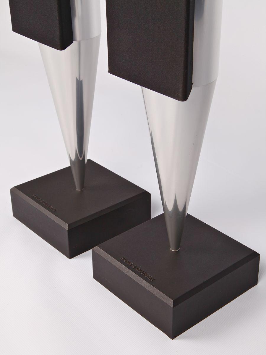 BeoLab 8000 Mk2 Silver