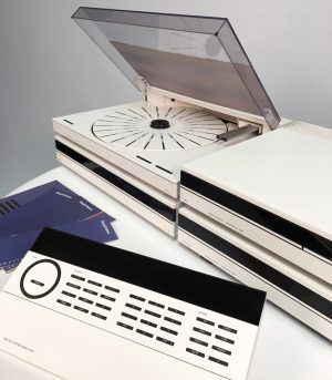 BeoSystem 6500 in White